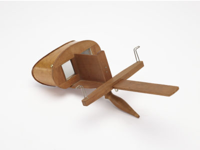 wooden stereograph viewer